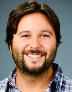 Dr. Esteban Soto